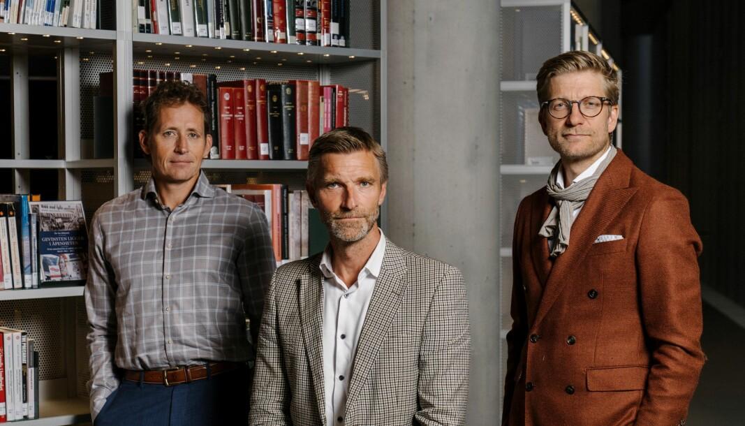 Politioverbetjent Geir-Egil Løken, avhørsspesialist Asbjørn Rachlew og journalist og forfatter Svein Tore Bergestuen.