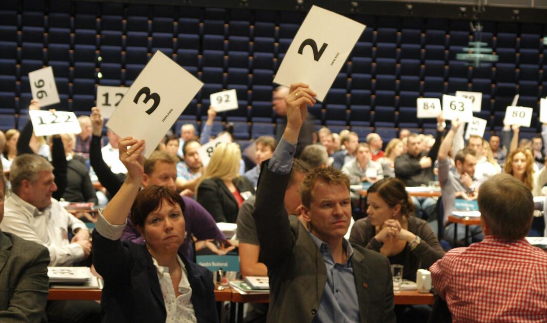 Sigve Bolstad var blant tilhengerne av generell bevæpning før avstemningen under landsmøtet i 2012. Bildet er tatt under avstemningen på landsmøtet.