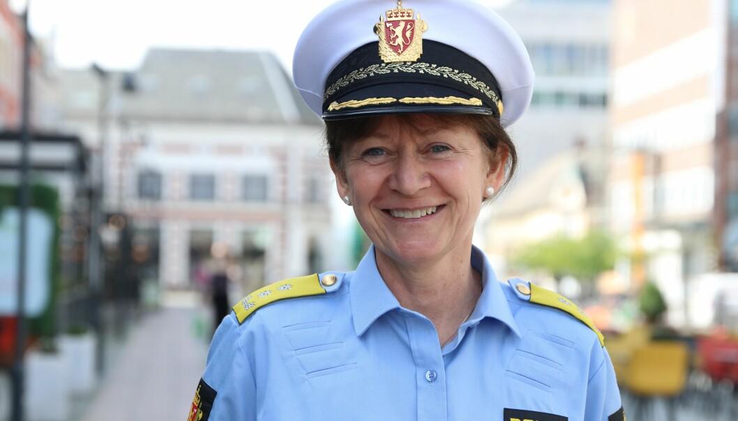 Kjerstin Askholt hadde første arbeidsdag som politimester i Agder i dag.