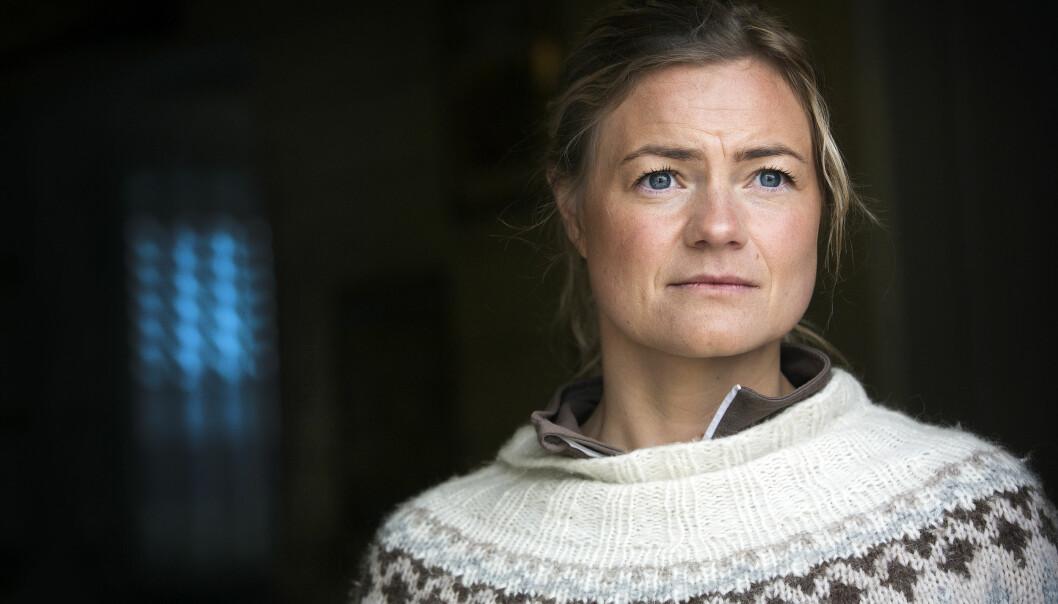 Polititjenestekvinnen Henriette har kjempet mot foreldrenes misbruk i 14 år. Hun frykter at en rusreform som den regjeringen foreslo vil føre til at flere blir rusmisbrukere.