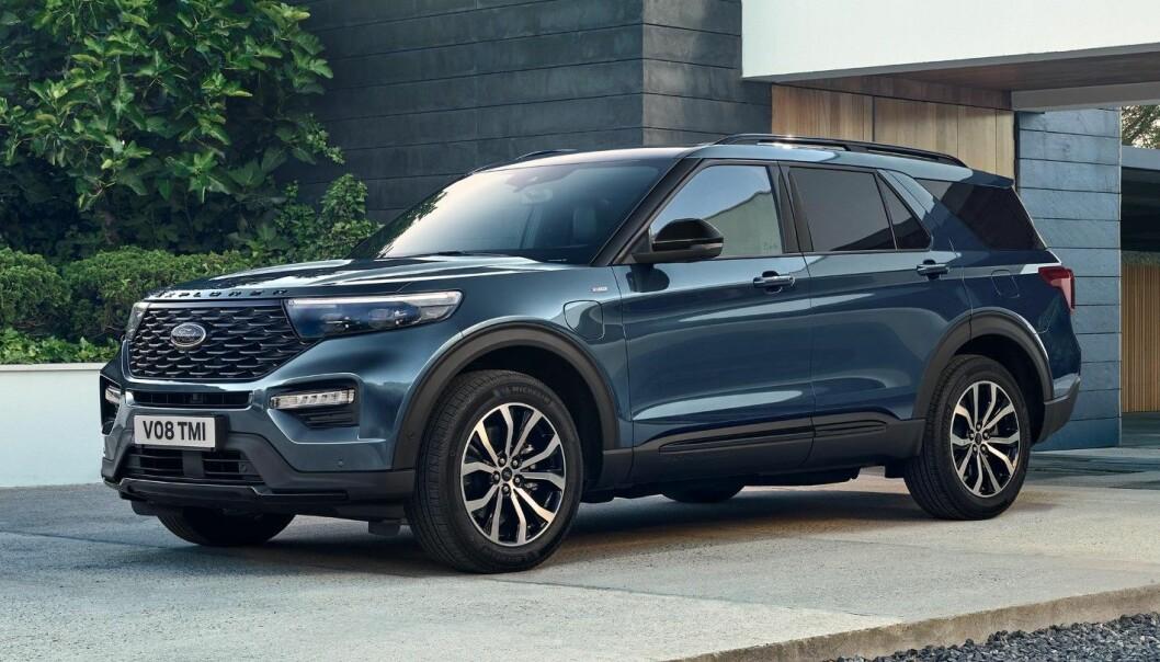 Ford Explorer hybrid skal leveres som nytt ressurskjøretøy til politiet. Bilene er klare til levering våren 2022.