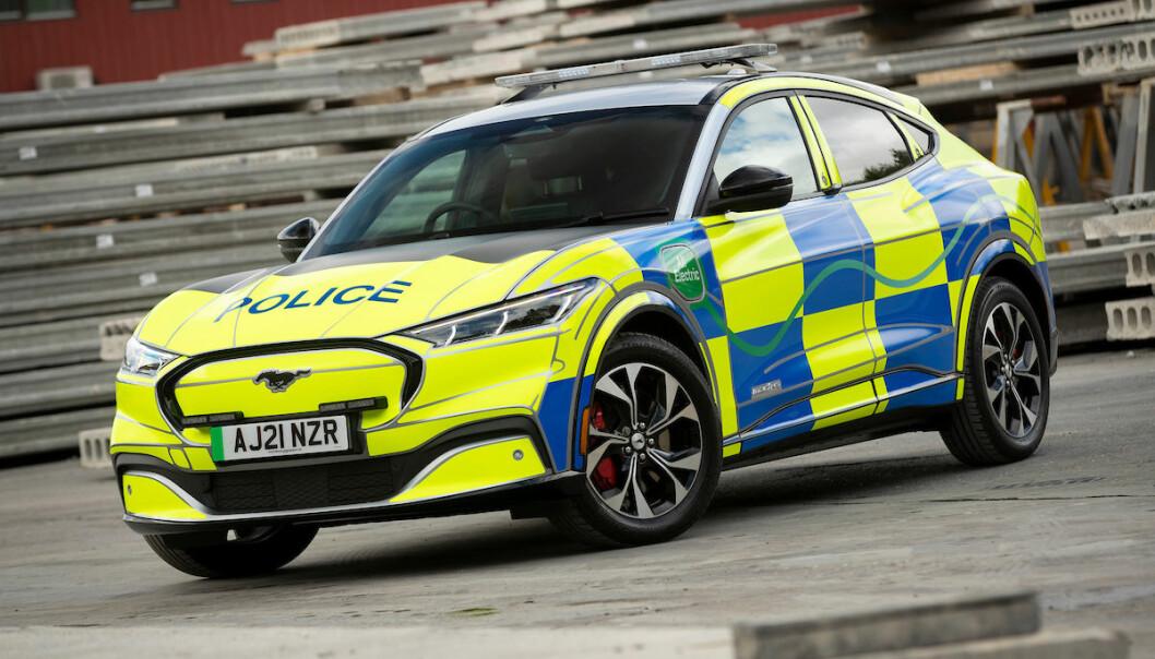 Ford Mustangs Mach-E i politiversjon testes nå ut hos britisk politi.