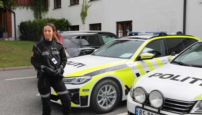 112: Elin Snarheim har akkurat begynt på sisteåret på Politihøgskolen. - Akkurat nå er det største målet mitt å bli ferdig politi, sier hun.