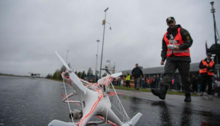 Dronen som ble fanget i nettet til dronehunter.